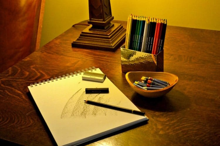 We offer art therapy to provide creative and therapeutic outlets for clients in early recovery.